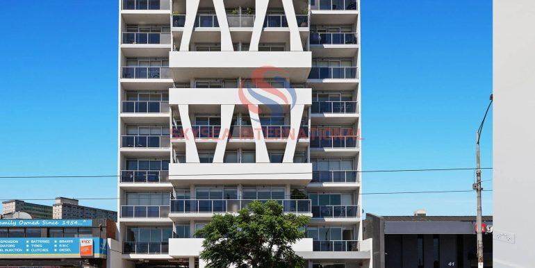 9-Building